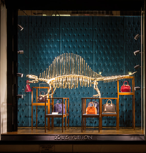 Louis Vuitton Dinosaurs 5th Avenue Maison's Windows